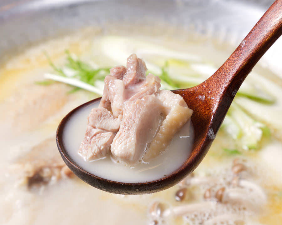 とりいちず食堂 川口東口店で味わえるコラーゲンたっぷり鍋